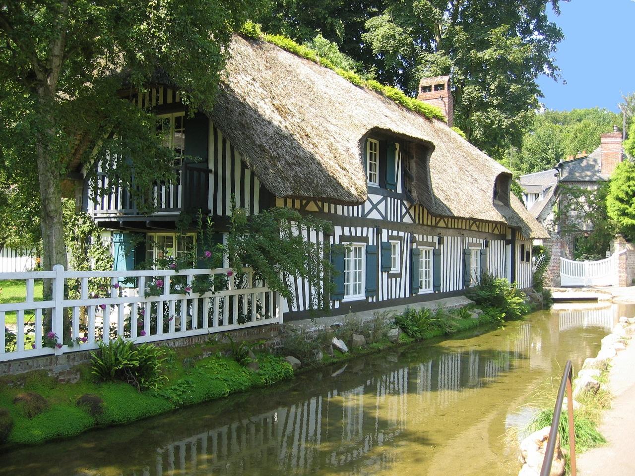 Loisirs touristiques en c te d 39 alb tre veules les roses circuit du plus petit fleuve de france - Salon de the veules les roses ...
